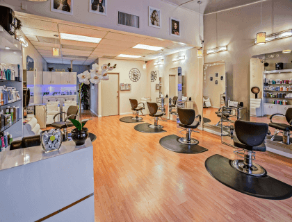 What are typical hair salon dimensions?